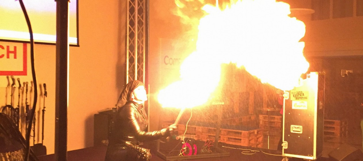 she's on fire, Betty Black